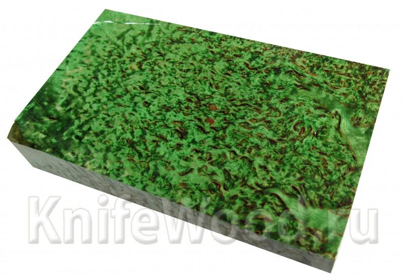 61 пластина из карельской березы стабилизированная в изумруд.